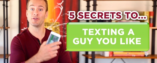 5 Secrets to Texting the Guy You Like